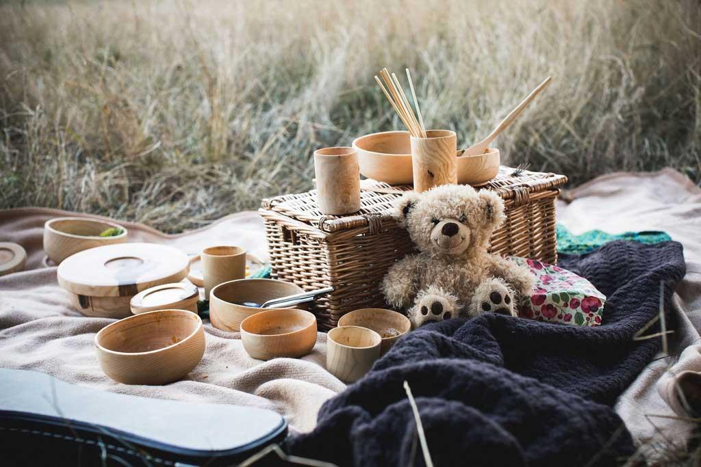 woodware picnic spread