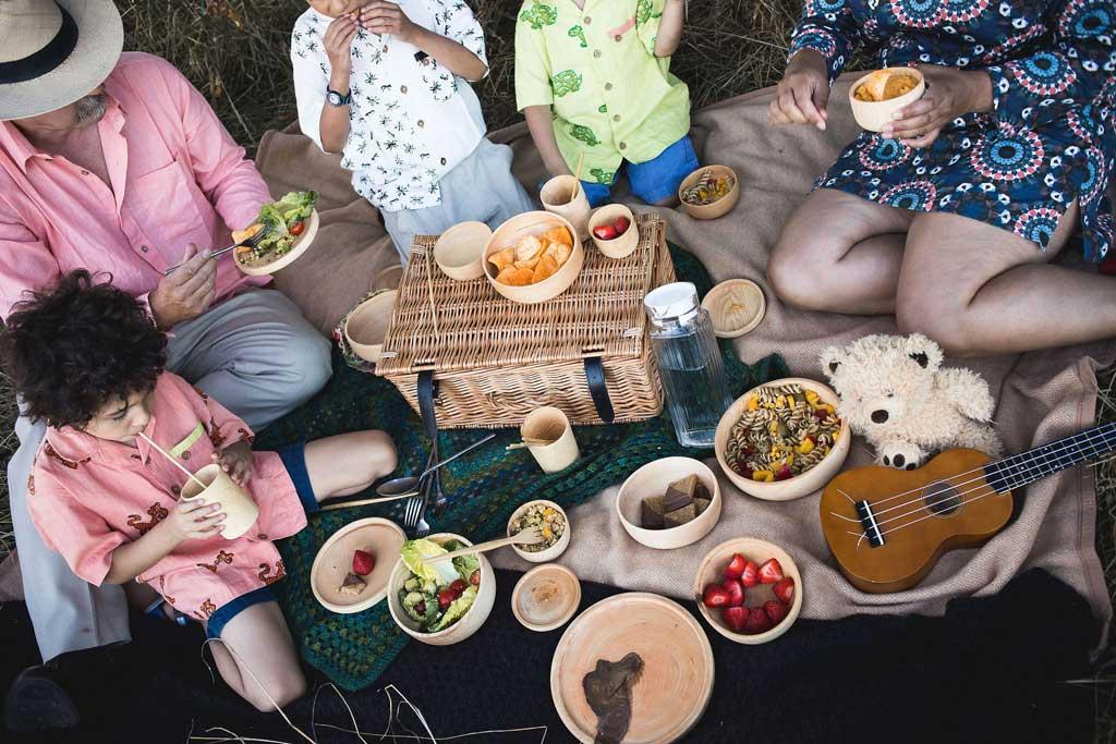plastic free picnicware